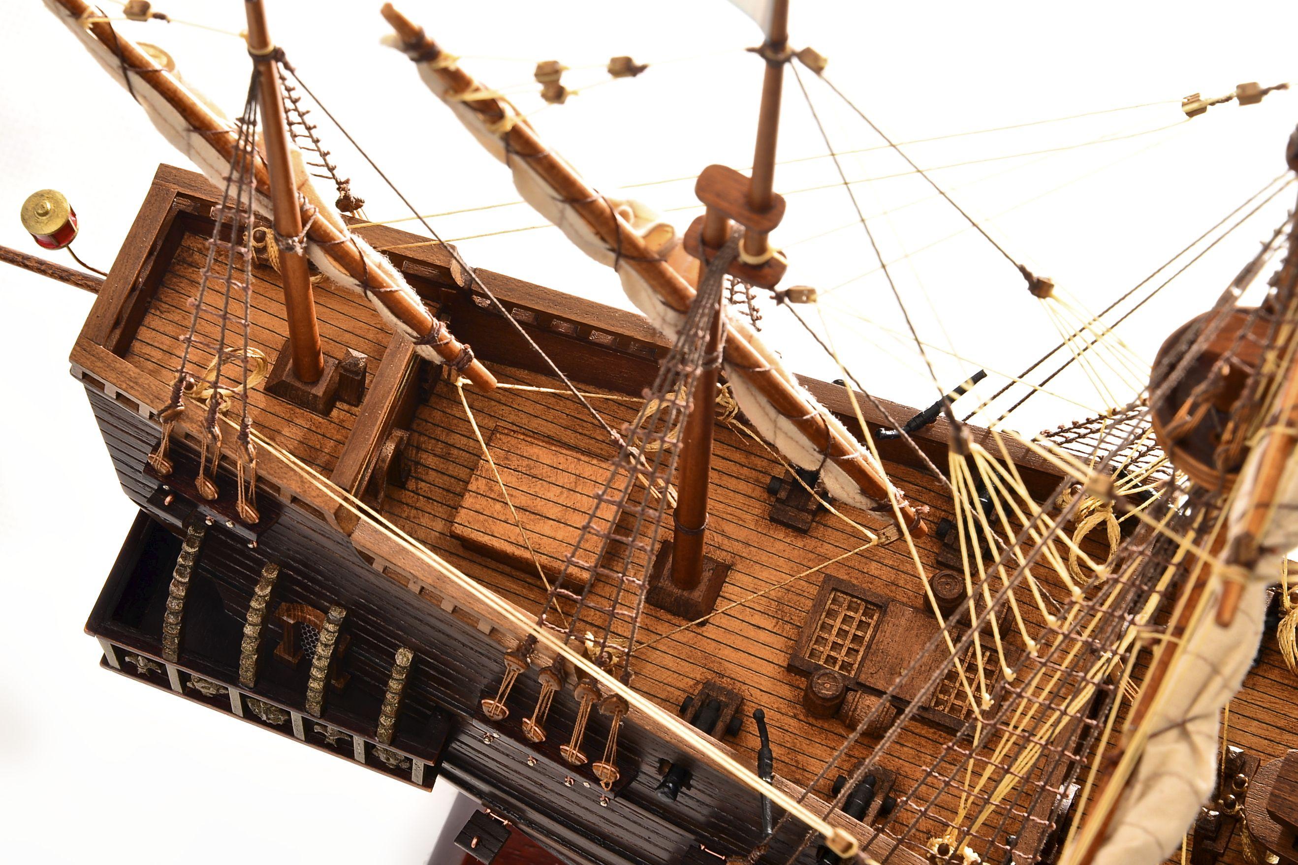1803-10781-Hms-Revenge-Model-Ship