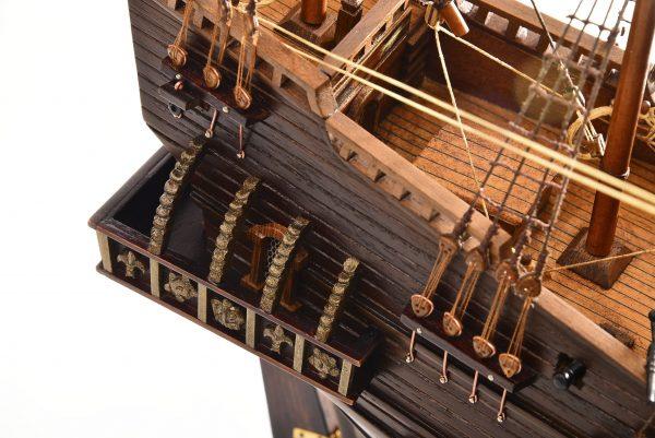 1803-10782-Hms-Revenge-Model-Ship