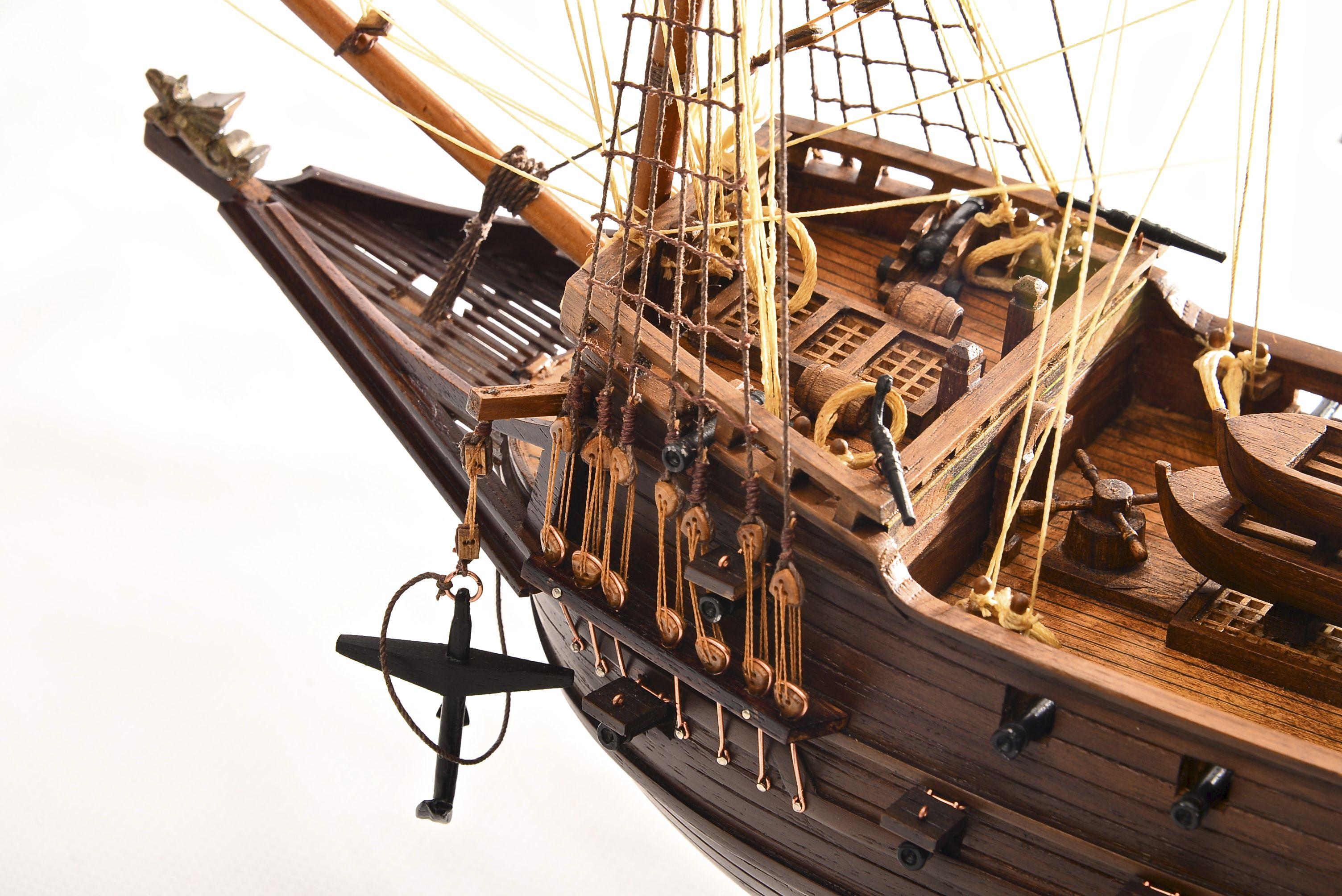 1803-10789-Hms-Revenge-Model-Ship