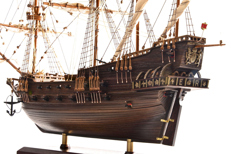 1803-10790-Hms-Revenge-Model-Ship