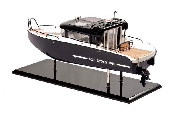 Bahari Xo Front Cabin Ship Model