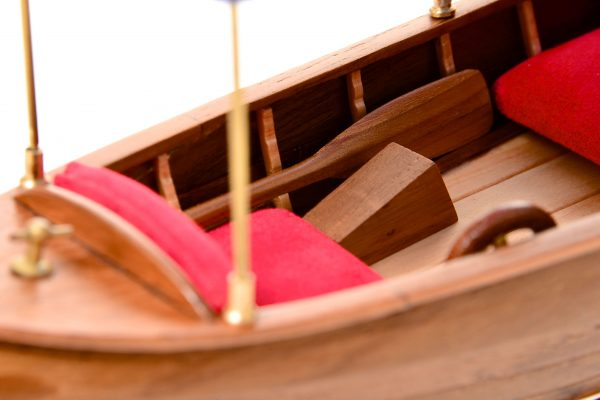 1865-11239-Liddesdale-Electric-Canoe-1920