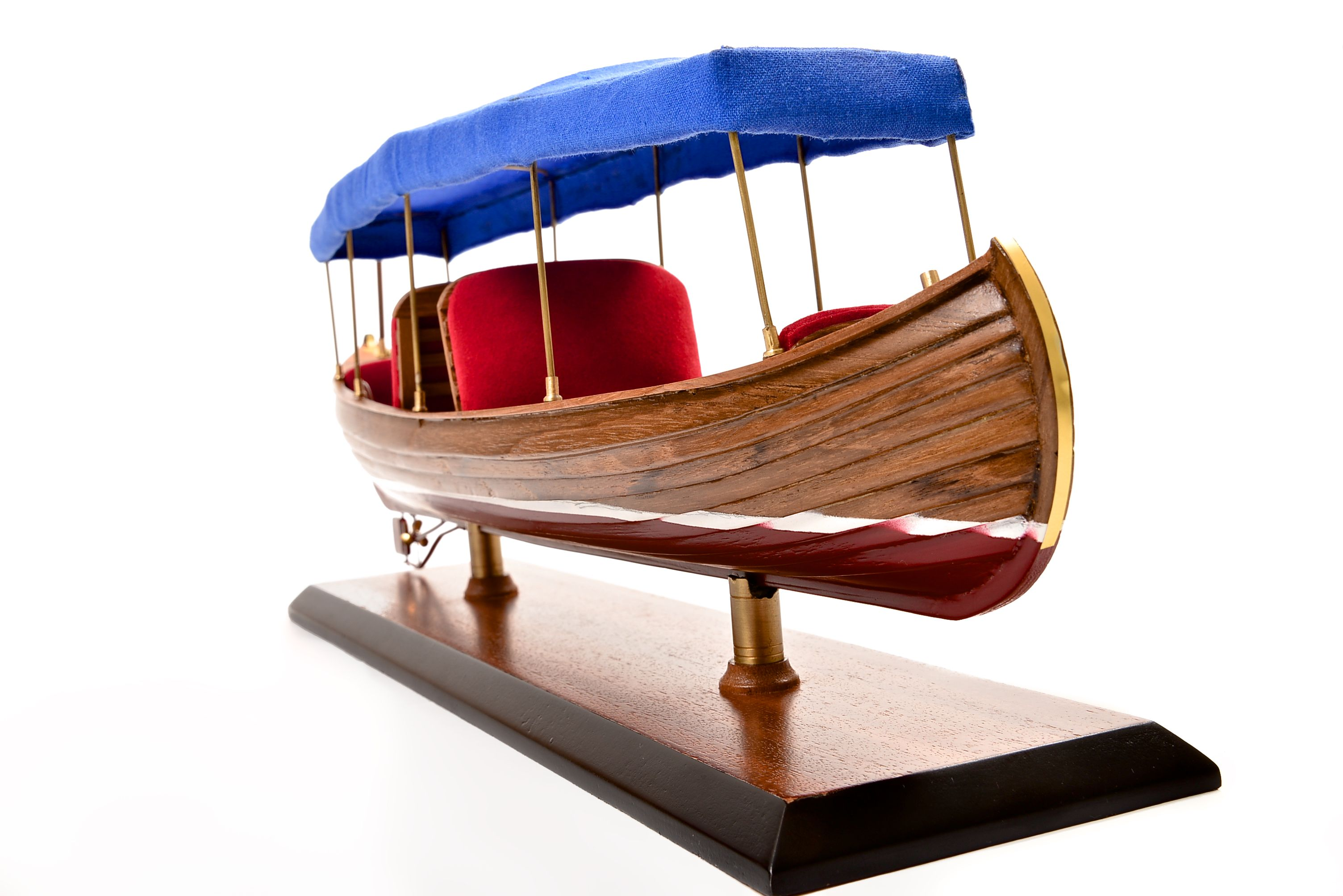 1865-11242-Liddesdale-Electric-Canoe-1920