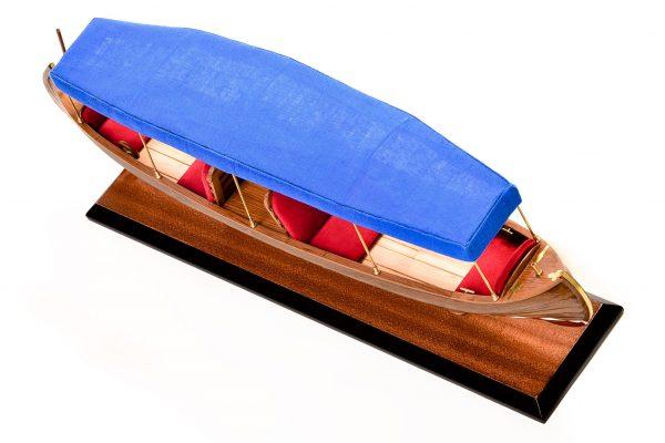 1865-11244-Liddesdale-Electric-Canoe-1920
