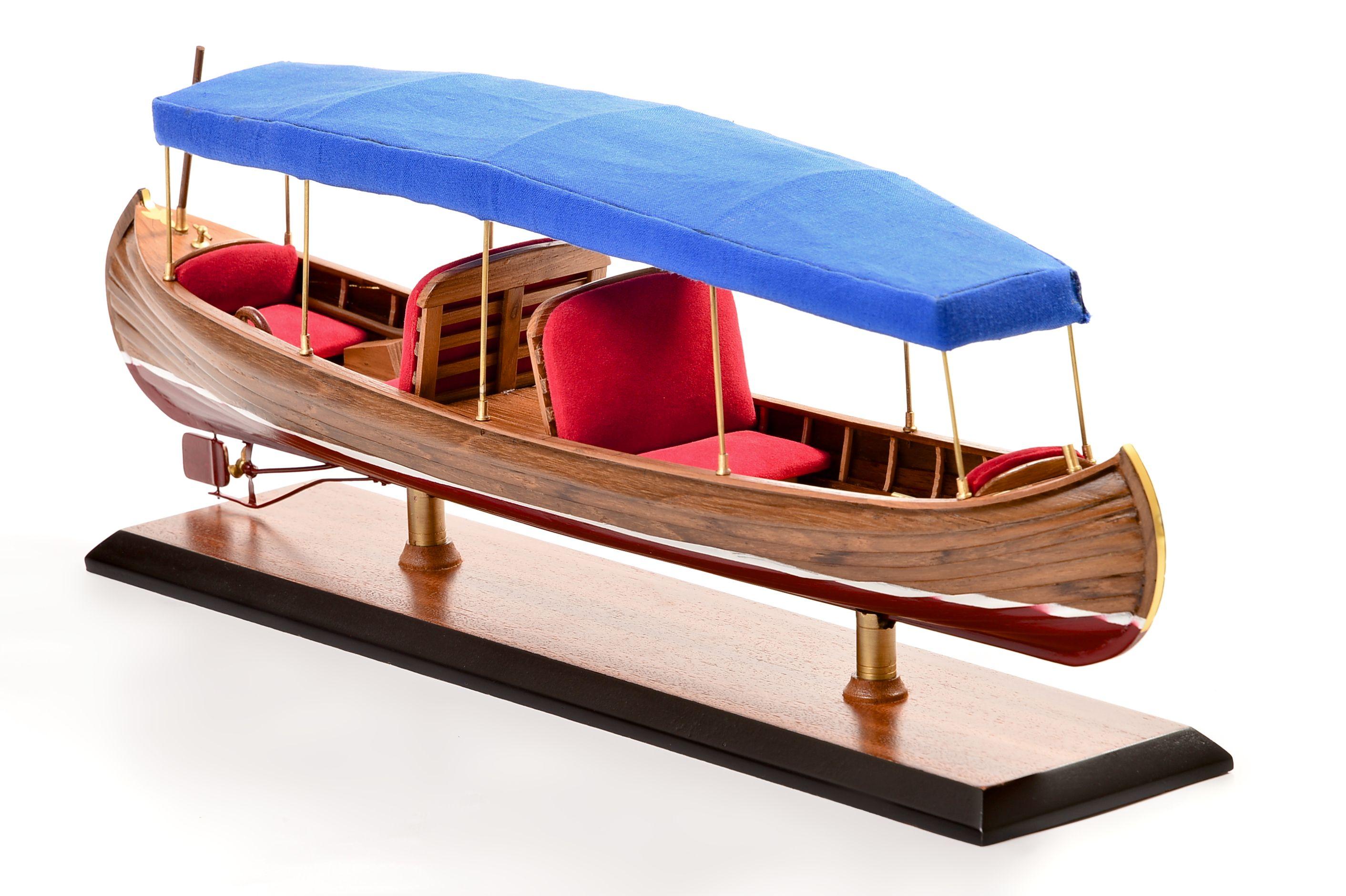 1865-11251-Liddesdale-Electric-Canoe-1920