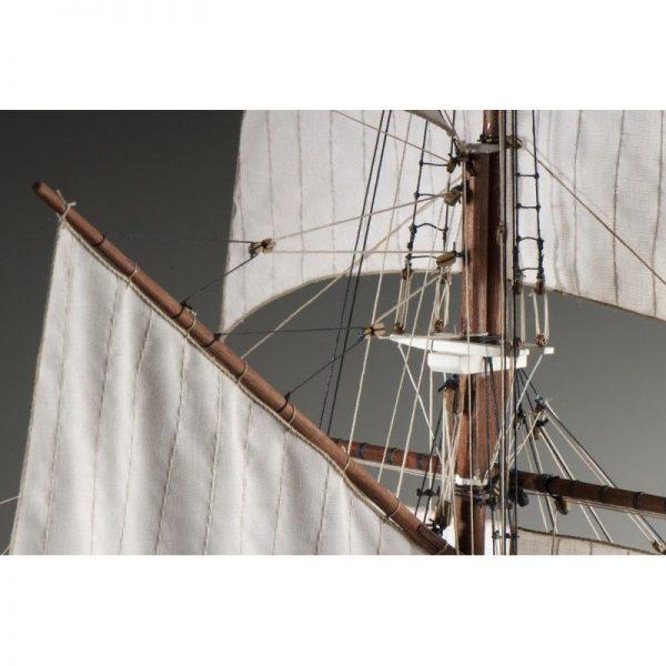 La Belle Poule Ship Model Kit - Dusek (D021)