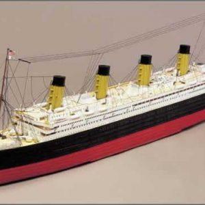 Titanic Complete Model Ship Kit with Motor - Mantua Models (725-9)