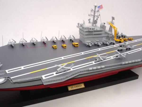 1944-12489-Aircraft-Carrier-Uss-America-CV-66-ship-model