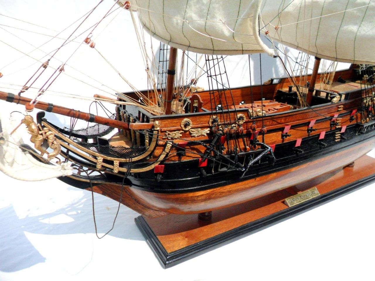 1996-12606-Wapen-von-Hamburg-III-Model-ship
