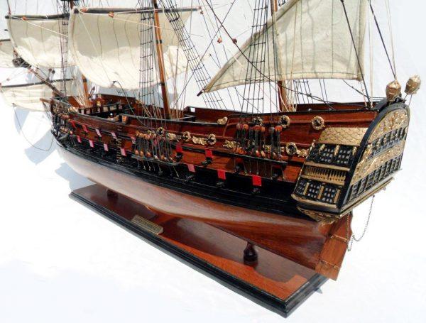 1996-12609-Wapen-von-Hamburg-III-Model-ship