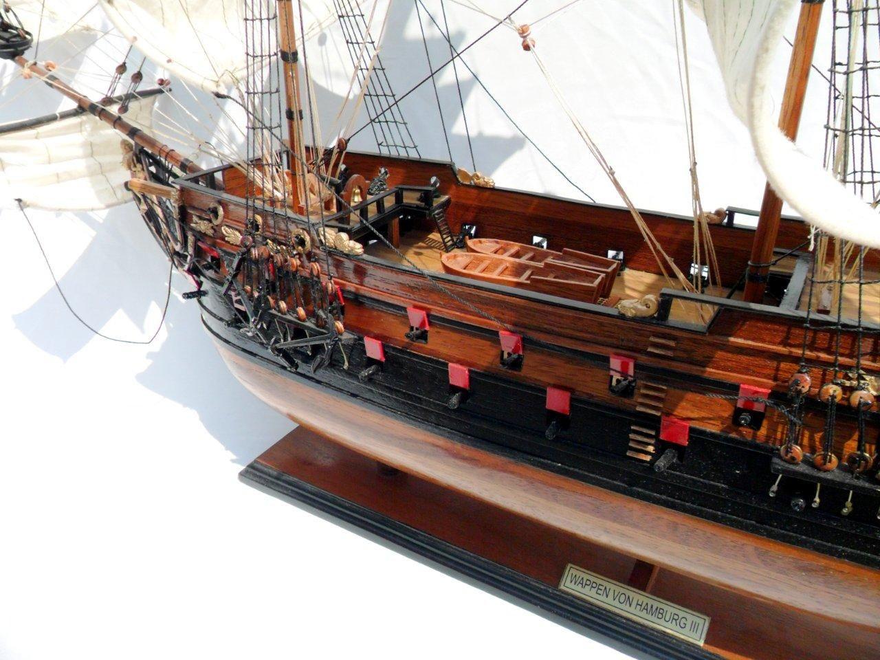 1996-12611-Wapen-von-Hamburg-III-Model-ship