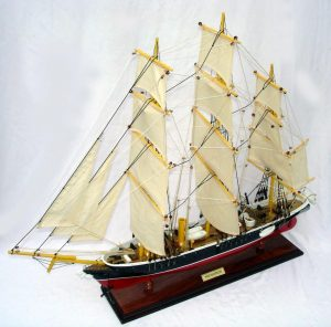 2026-11919-HMS-Warrior-Model-Boat