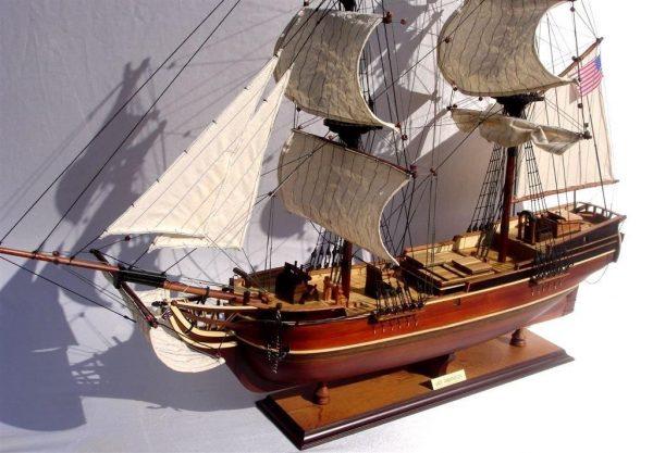 2072-12268-Lady-Washington-Model-Boat