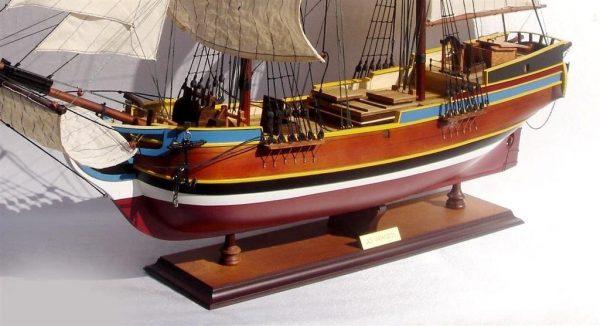 2072-12727-Lady-Washington-Model-Boat