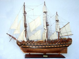 2074-12296-Le-Superbe-Ship-Model-with-Copper-Hull