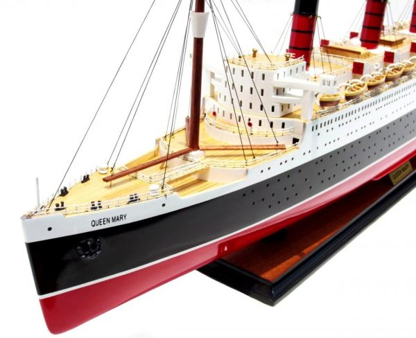 2091-12419-Queen-Mary-Model-Boat