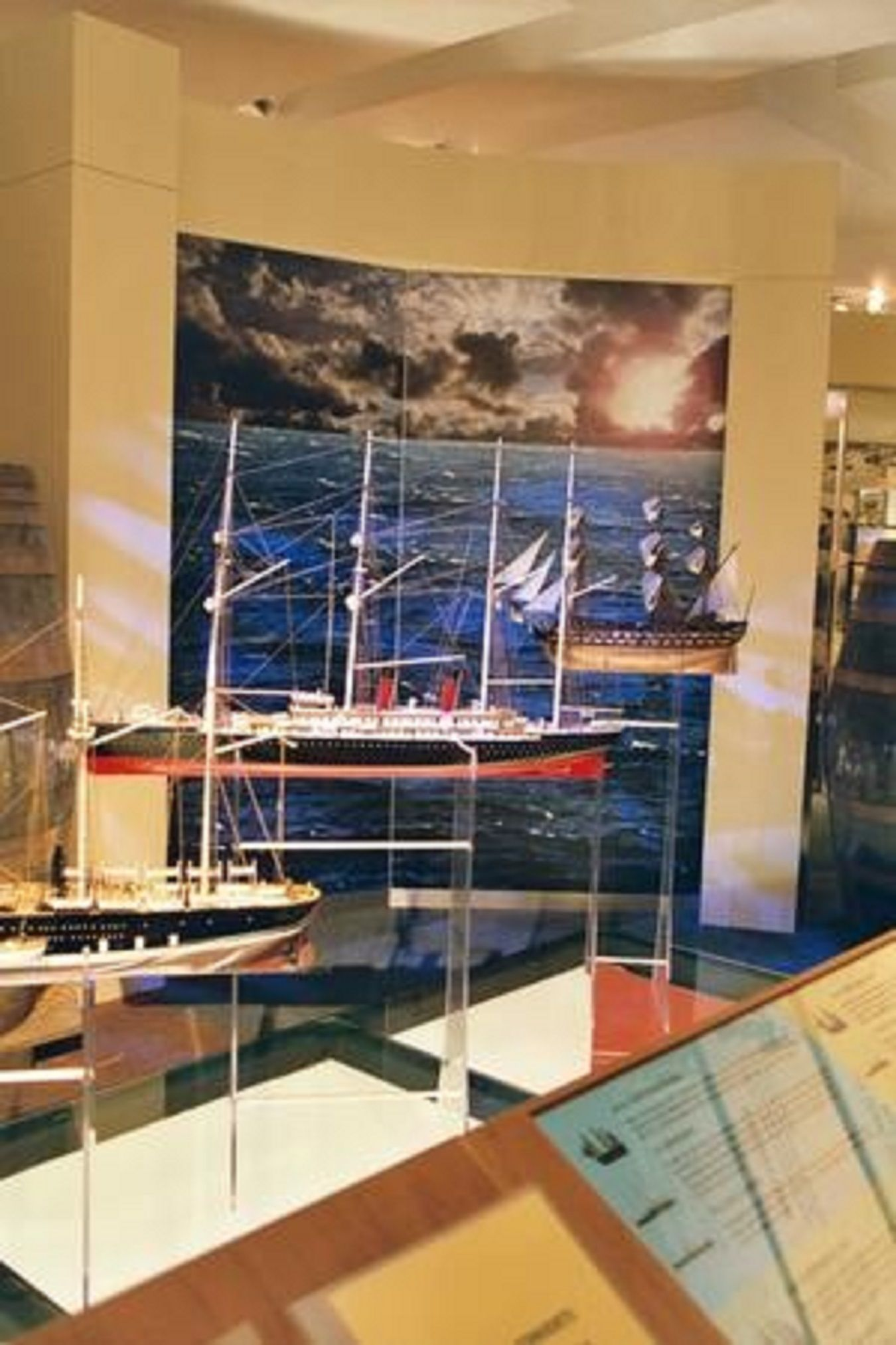 220-7503-La-Normandie-model-ship-Premier-Range