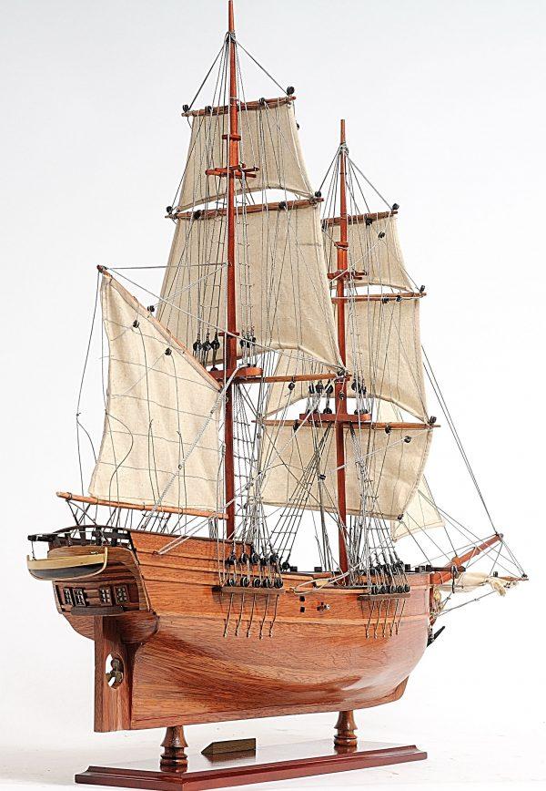 2288-13307-Lady-Washington-Model-Boat