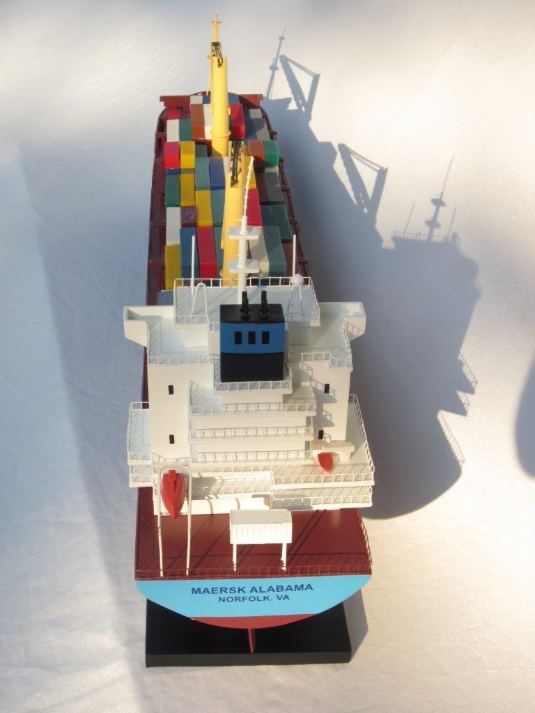 2455-14055-Maersk-Alabama-Container-Model-Ship