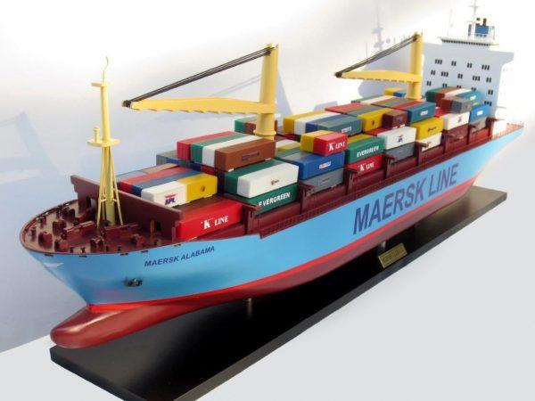 2455-14059-Maersk-Alabama-Container-Model-Ship