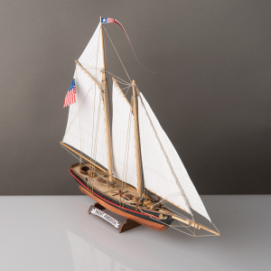 2525-14332-America-Yacht-Model-Kit-1-to-155-Scale-Corel-SM102