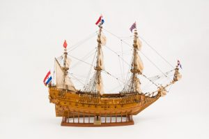 2548-14482-Le-Mauritius-Wooden-Model-Ship-Superior-Range