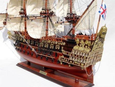 2570-Sovereign-of-the-Seas-Model-Ship-Standard-Range
