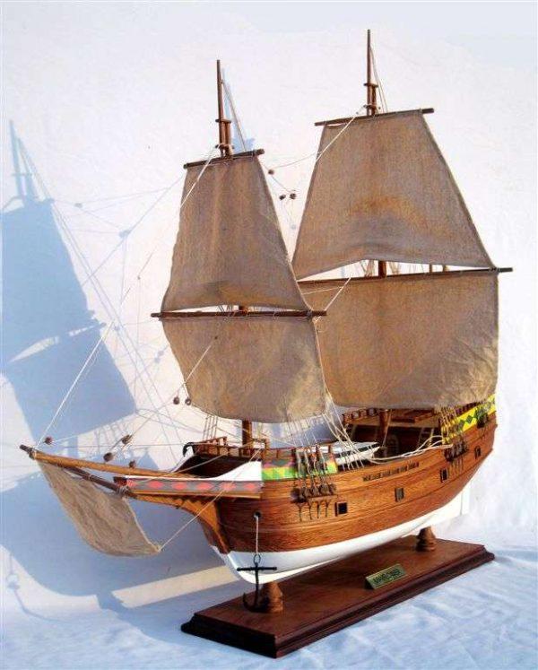 277-4444-Mayflower-Model-Ship-Standard-Range