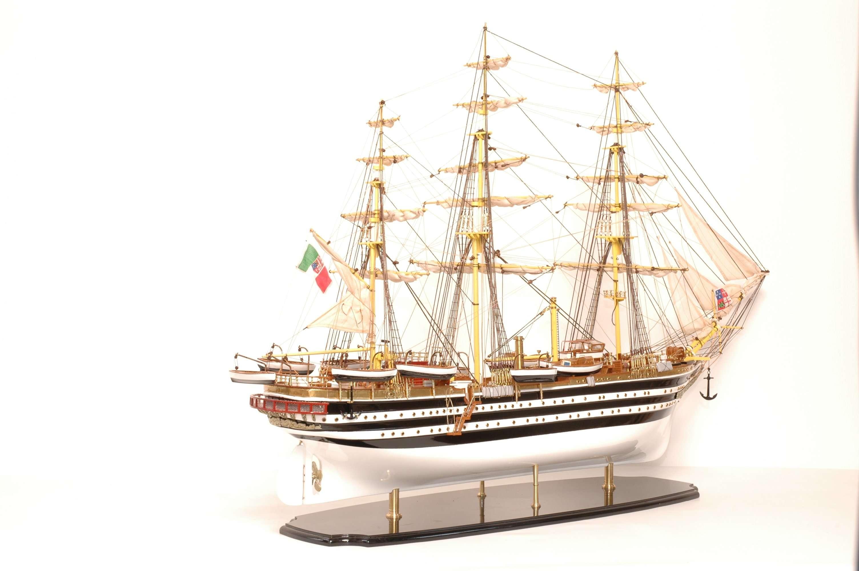 498-4212-Amerigo-Vespucci-Model-Ship-Superior-Range