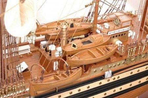 498-7776-Amerigo-Vespucci-Model-Ship-Superior-Range