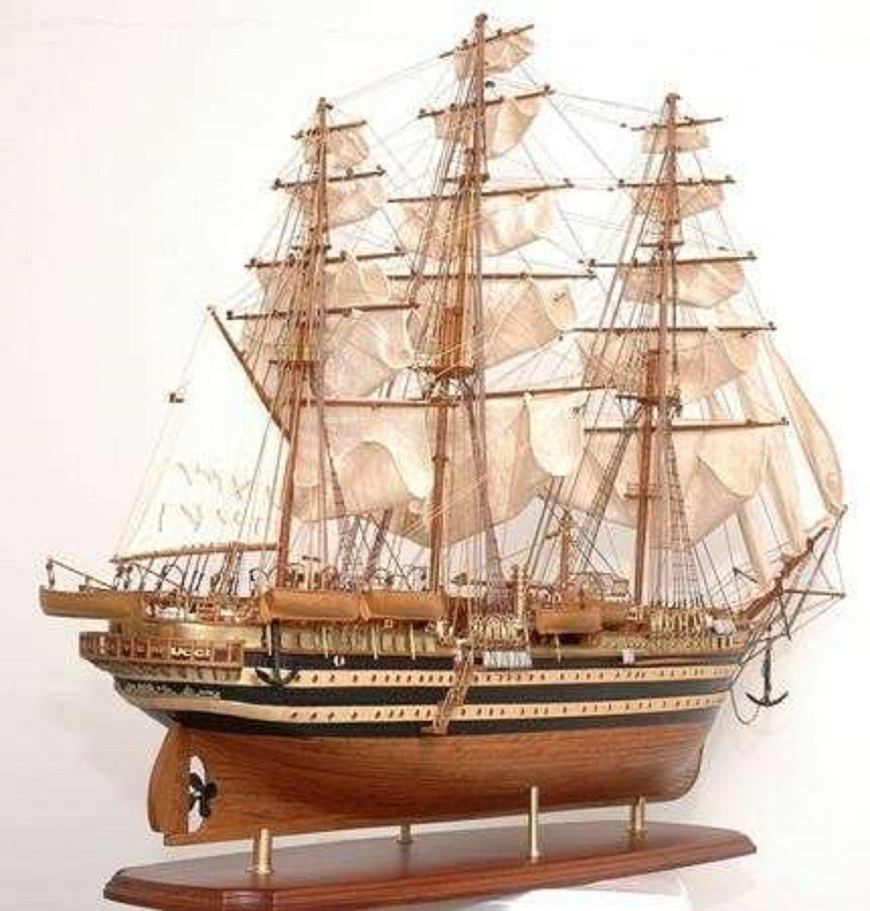 498-7778-Amerigo-Vespucci-Model-Ship-Superior-Range