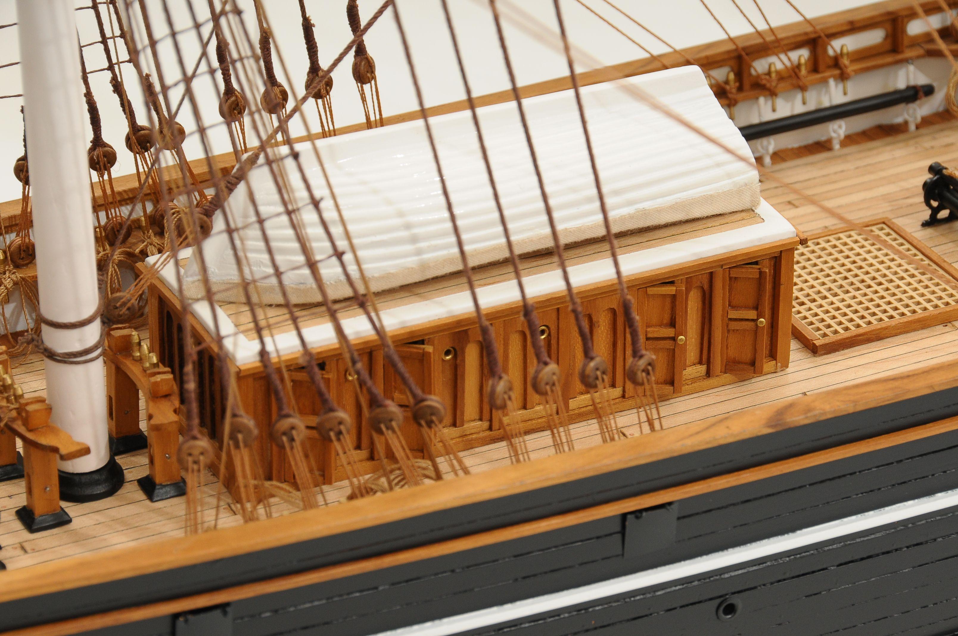 553-8673-Cutty-Sark-model-ship-Premier-Range