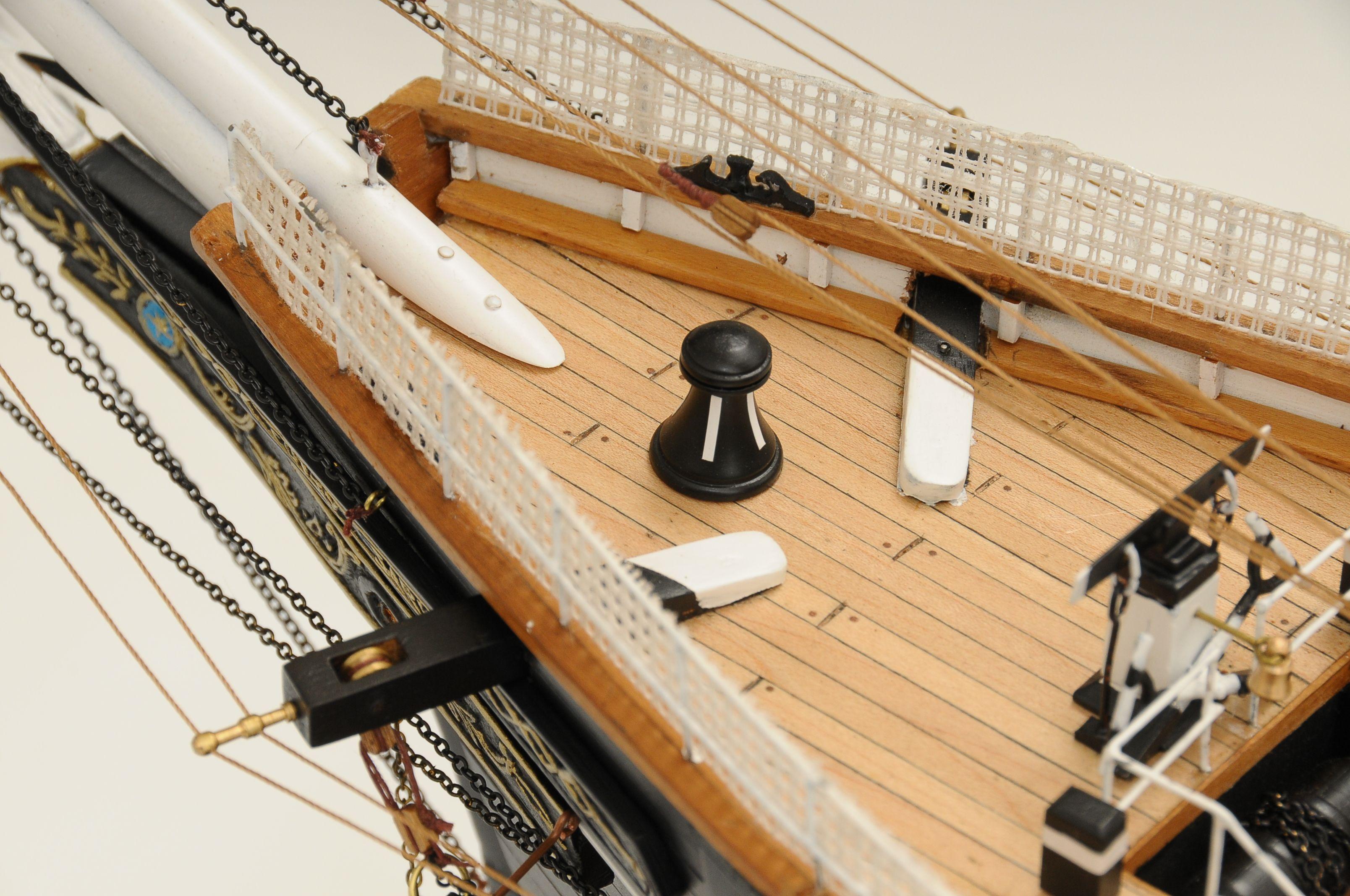 553-8675-Cutty-Sark-model-ship-Premier-Range