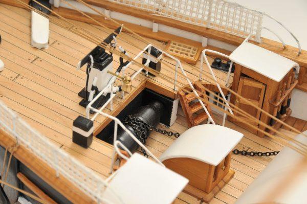 553-8676-Cutty-Sark-model-ship-Premier-Range