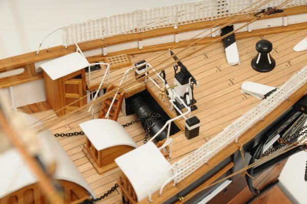 553-8679-Cutty-Sark-model-ship-Premier-Range