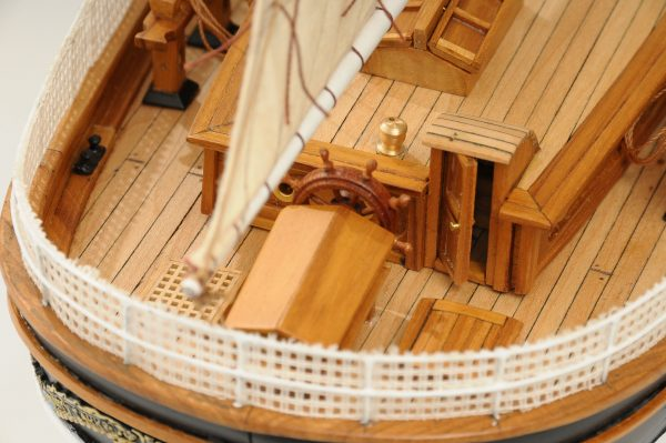 553-8680-Cutty-Sark-model-ship-Premier-Range