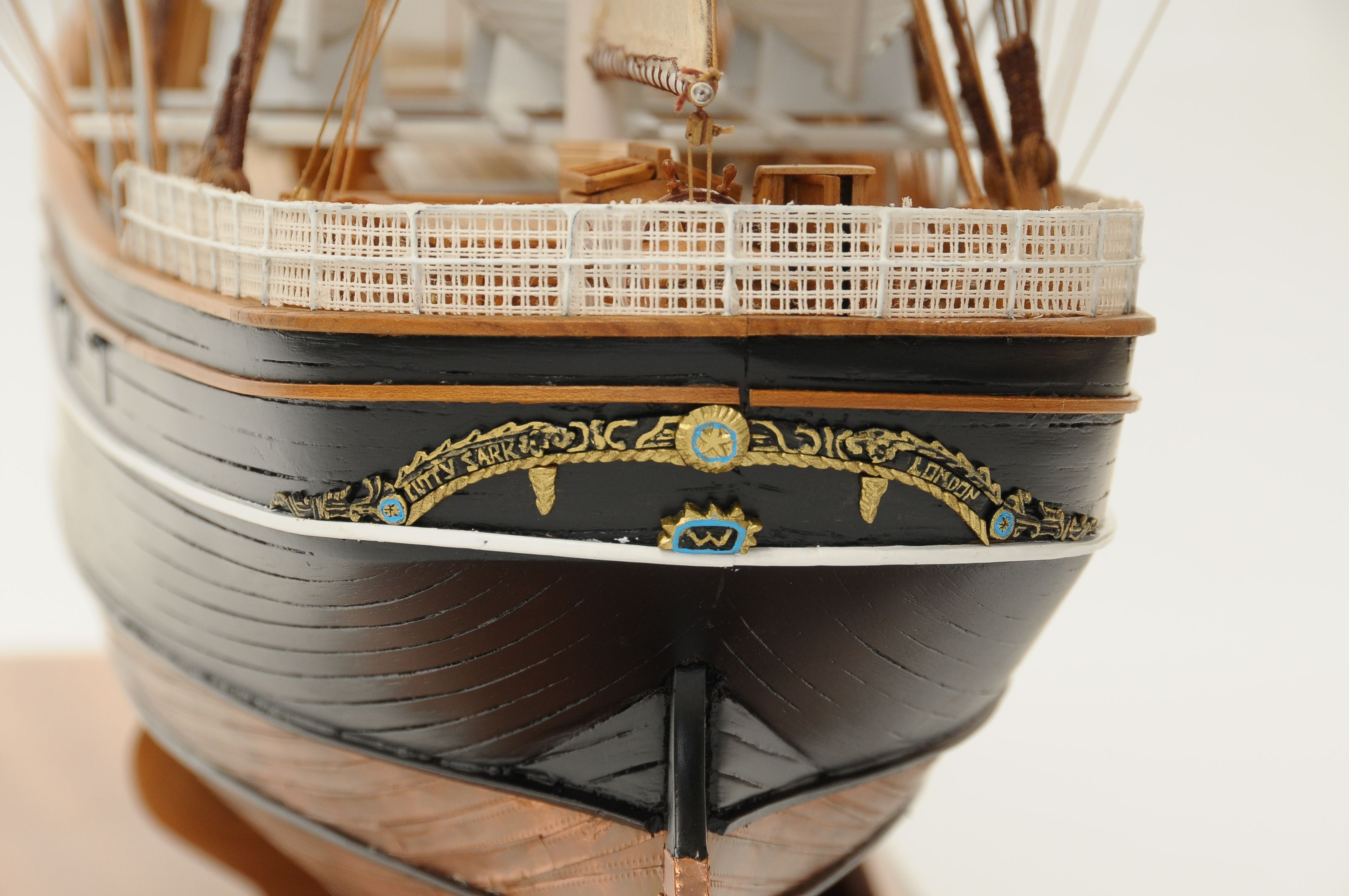 553-8681-Cutty-Sark-model-ship-Premier-Range