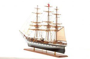 573-7223-Dunedin-Model-Ship-Premier-Range