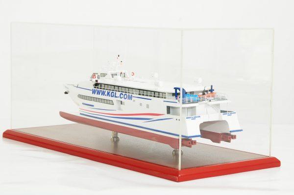 662-6239-Kuwait-Catamaran-Model