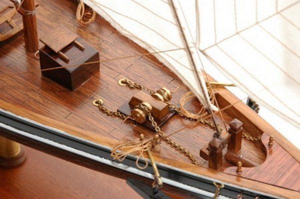 Blue Nose II Model Yacht (Premier Range) - PSM